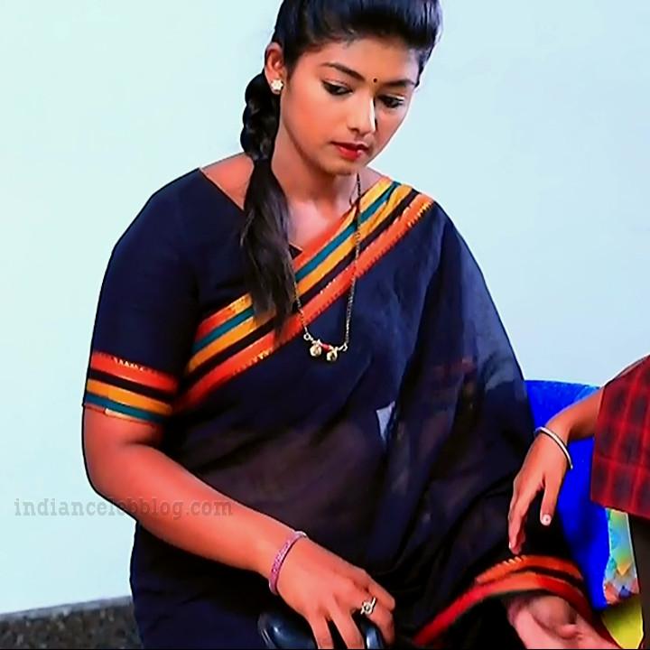 Bhoomi shetty kinnari kannada tv actress S4 4 saree photo