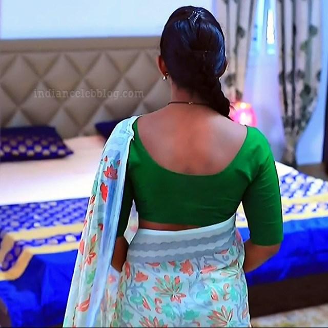 Bhoomi shetty kinnari kannada tv actress S4 8 sari photo