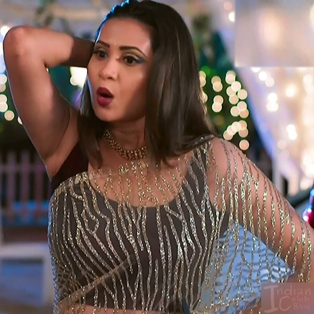 Parineeta borthakur bepannah serial actress S2 1 saree photo