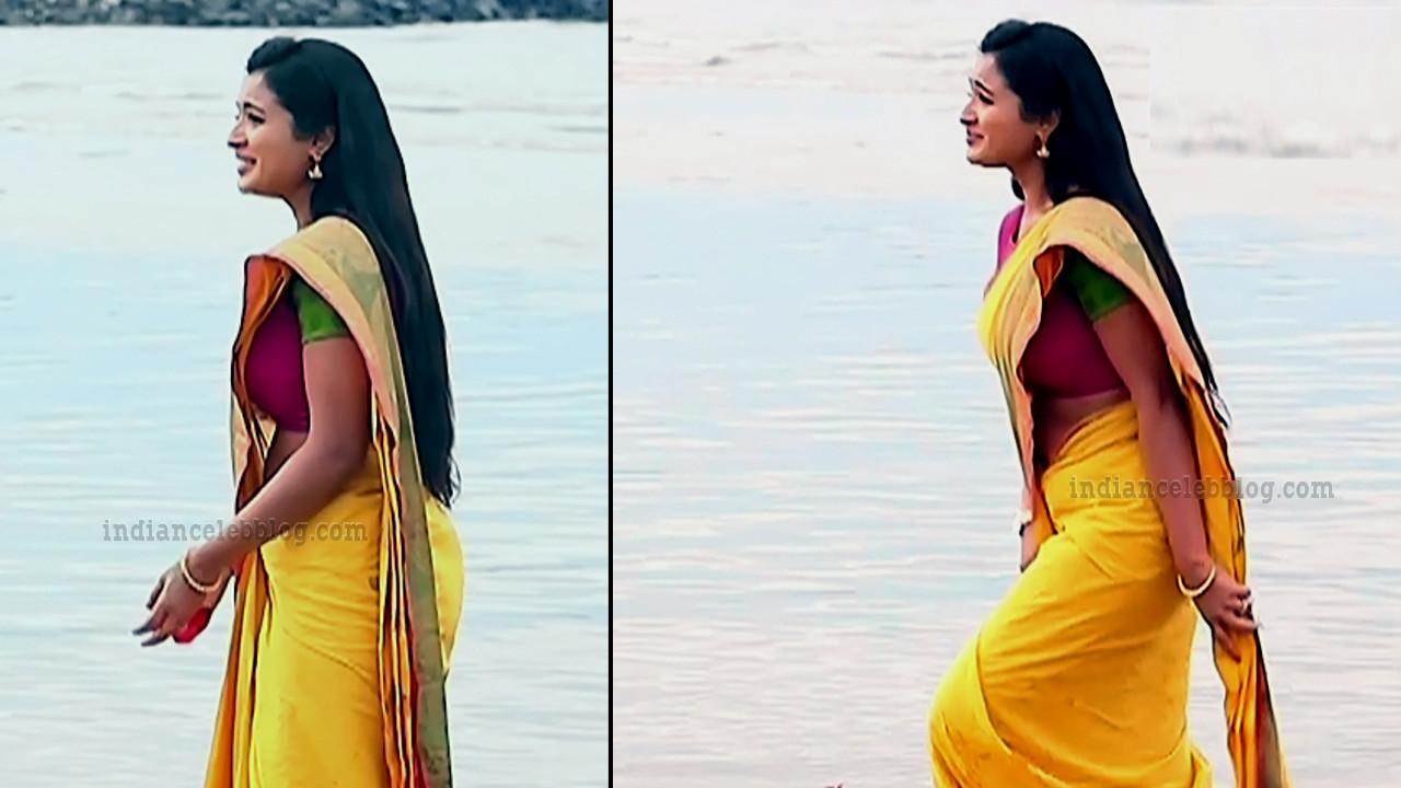 Sharanya turadi nenjam marppathillai actress S1 5 saree pics
