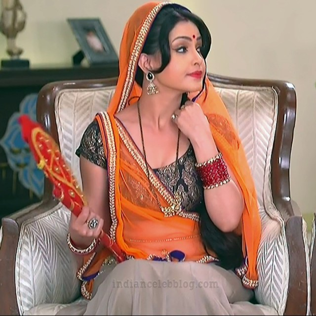 Shubhagi atre hindi serial Bhabhiji ghar 12 hot saree photo