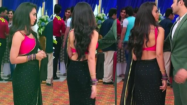 Surbhi-jyoti-naagin-s4-serial-5-hot-saree-pics