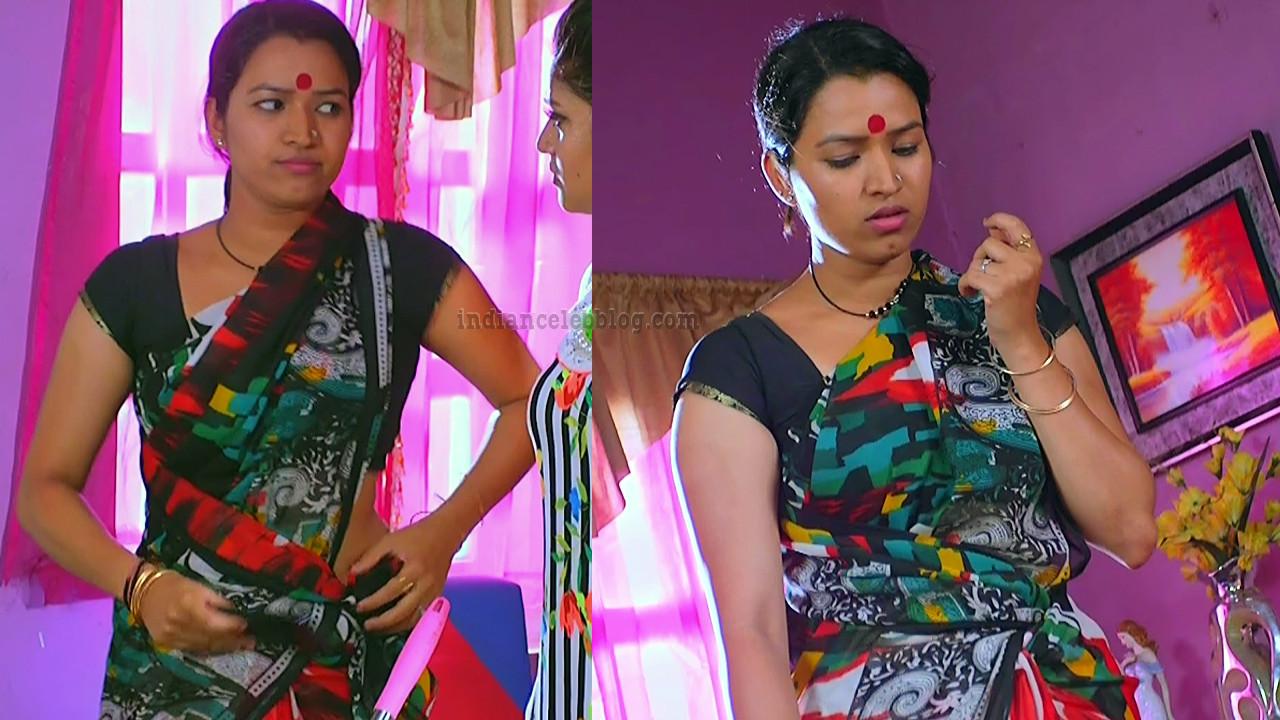 Tamil TV serial actress MscCmplS1 3 saree pics