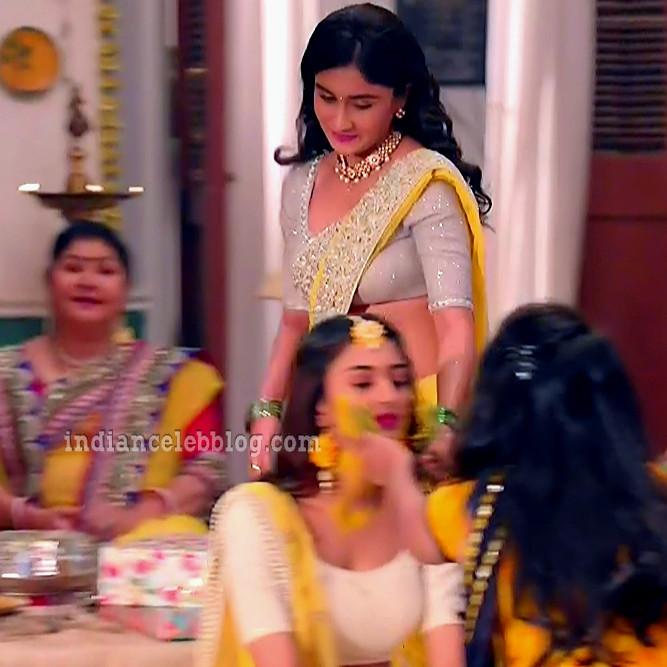 Antara banerjee hindi tv actress kasauti ZKS1 8 hot saree photo
