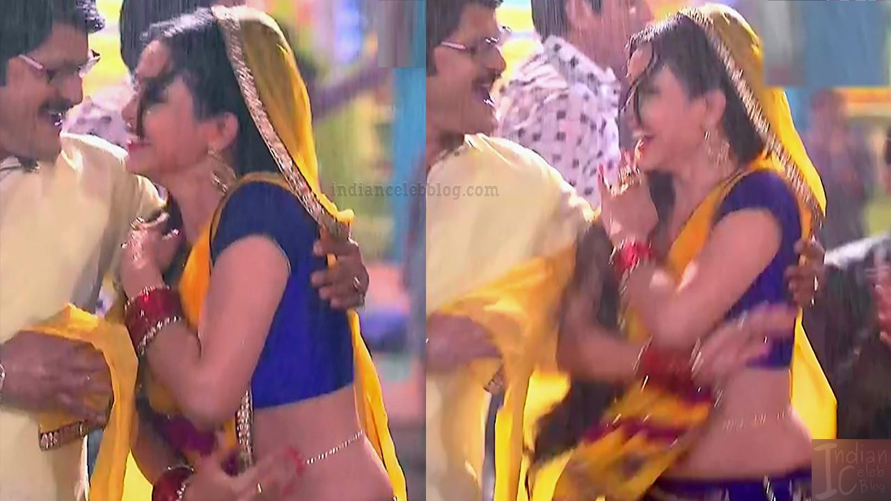 Shubhangi atre hindi tv actress Bhabhiji S4 8 sari pics