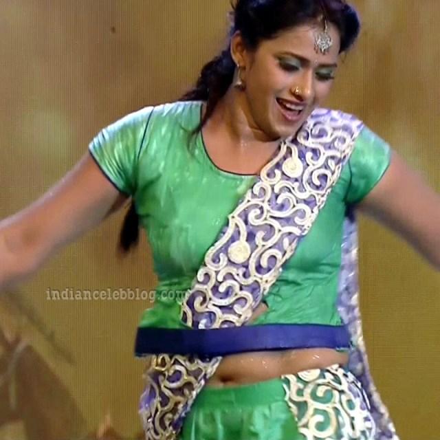 Bhavana Telugu TV anchor rangasthalam dance S1 22 hot pic