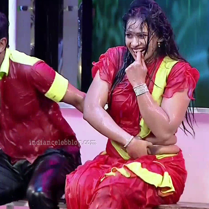 Bhavana Telugu TV anchor rangasthalam dance S1 6 hot pic