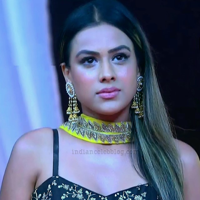 Nia sharma ishq mein marjawaan S2 11 hot photo
