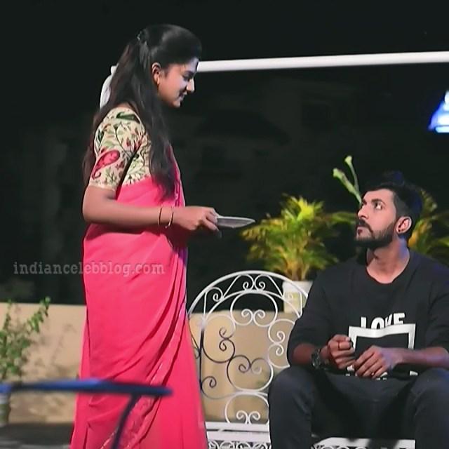 Raksha gowda Putmalli serial actress S2 11 saree pic