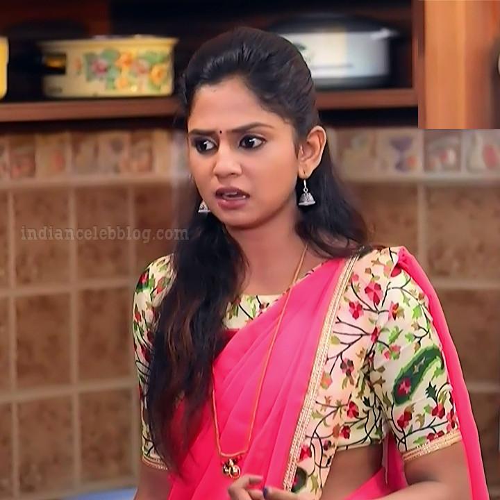 Raksha gowda Putmalli serial actress S2 4 saree photo