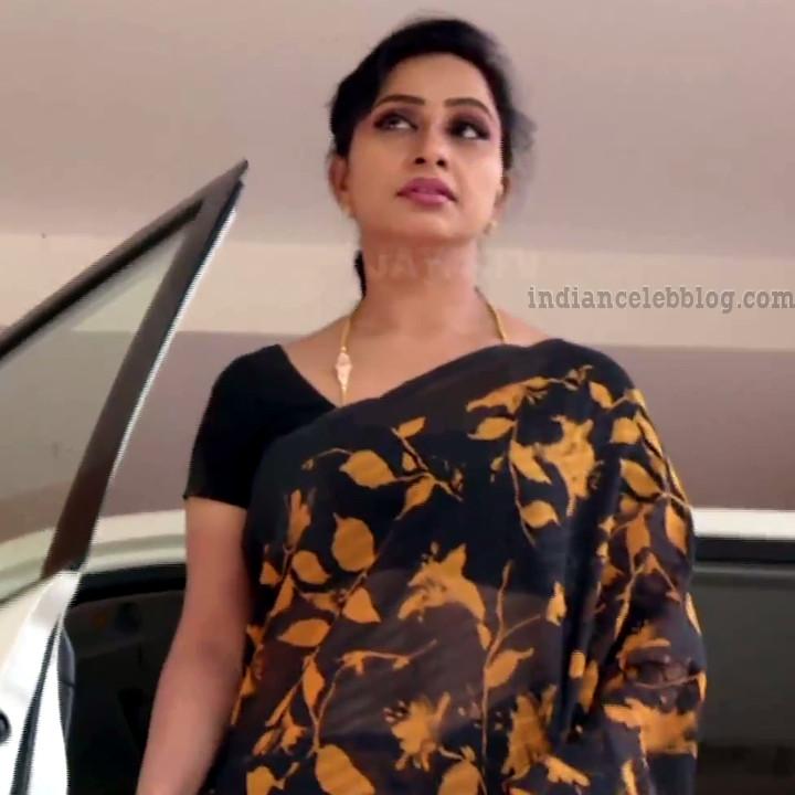 Rani tamil tv actress RangaVS1 10 hot saree photo