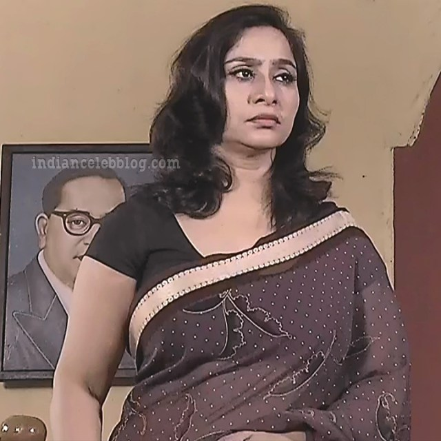 Rani tamil tv actress RangaVS1 16 hot saree pics