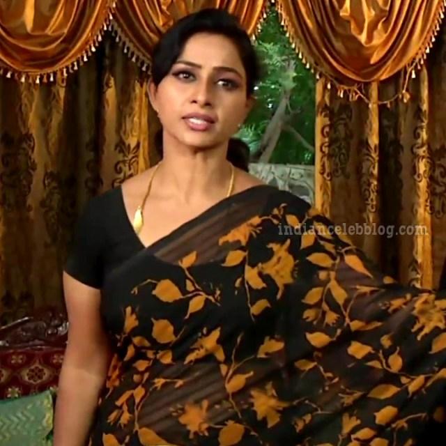 Rani tamil tv actress RangaVS1 5 hot sari pics