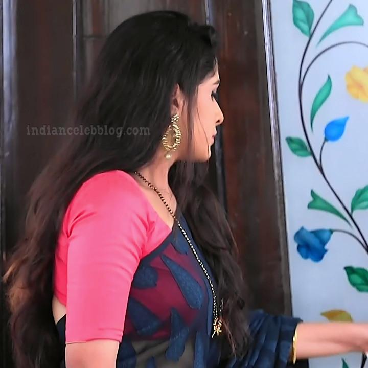 Supritha sathyanarayan kannada tv actress SeethaVS1 19 saree photo