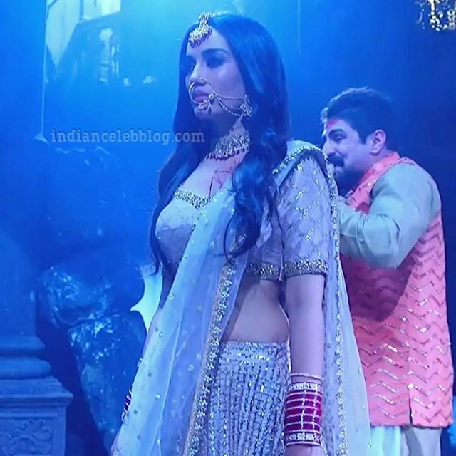 Surbhi jyoti hindi tv actress Naagin S7 4 hot pic