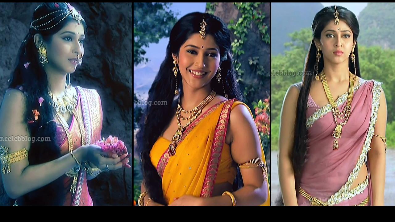 Sonarika Bhadoria Devon ke dev series hot Saree caps