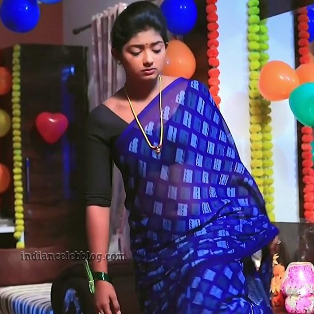 Bhoomi shetty Kinnari actress S5 5 saree pic
