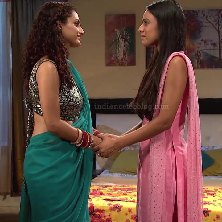 Isha sharma hindi tv actress JamaiRS1 2 saree photo