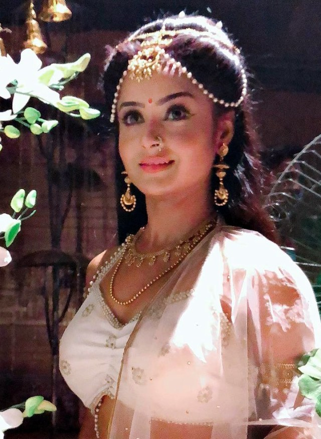 Ishita ganguly hindi tv actress CTS2 2 hot photo