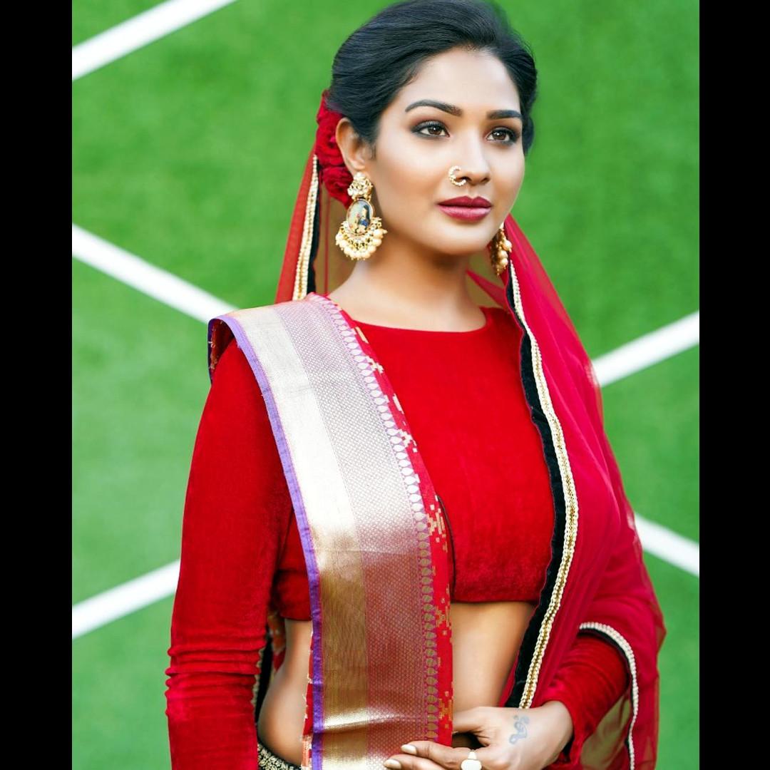Sharanya turadi tamil tv actress CTS2 1 photo gallery