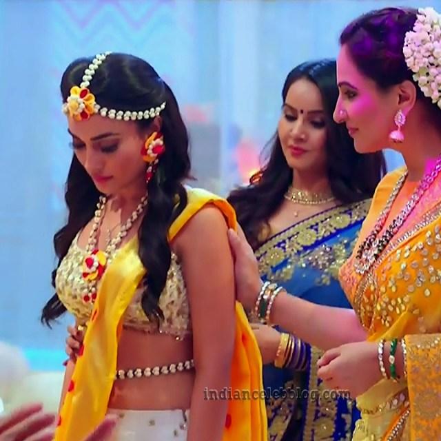 Surbhi jyoti Naagin 3 tv serial S9 8 hot photo