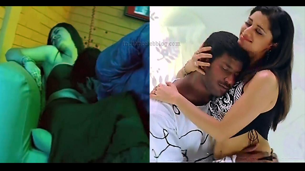 Mamta mohandas hot song caps from Sivappathigaram