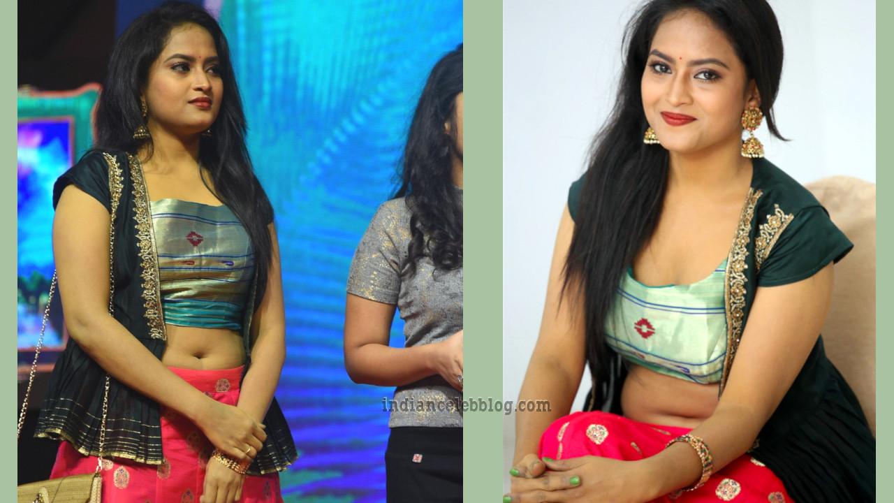 Sravani kondapalli telugu event navel show photos