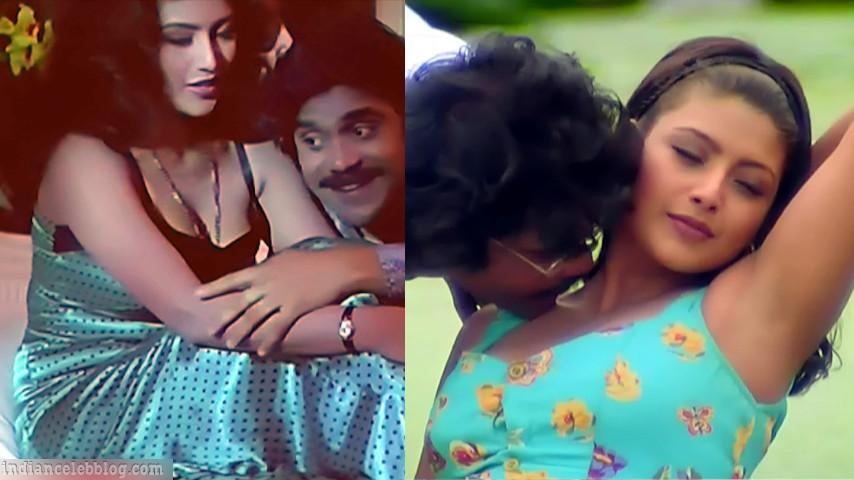 Heera rajagopal sexy cleavage show telugu scene caps