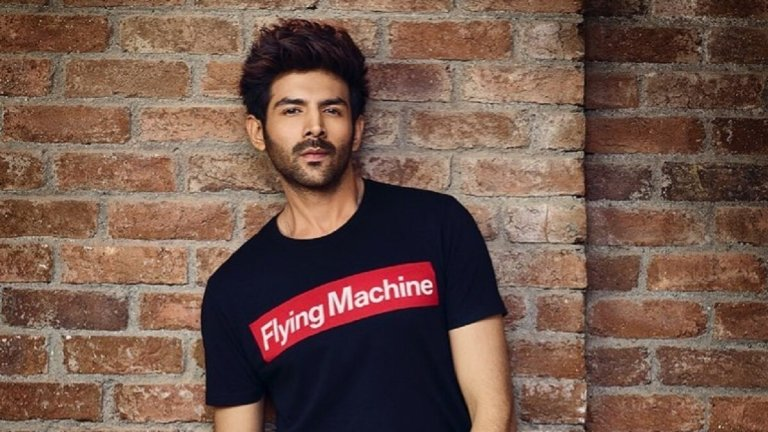 Kartik Aaryan Age, Height, Movies, Girlfriends, Biography & More…