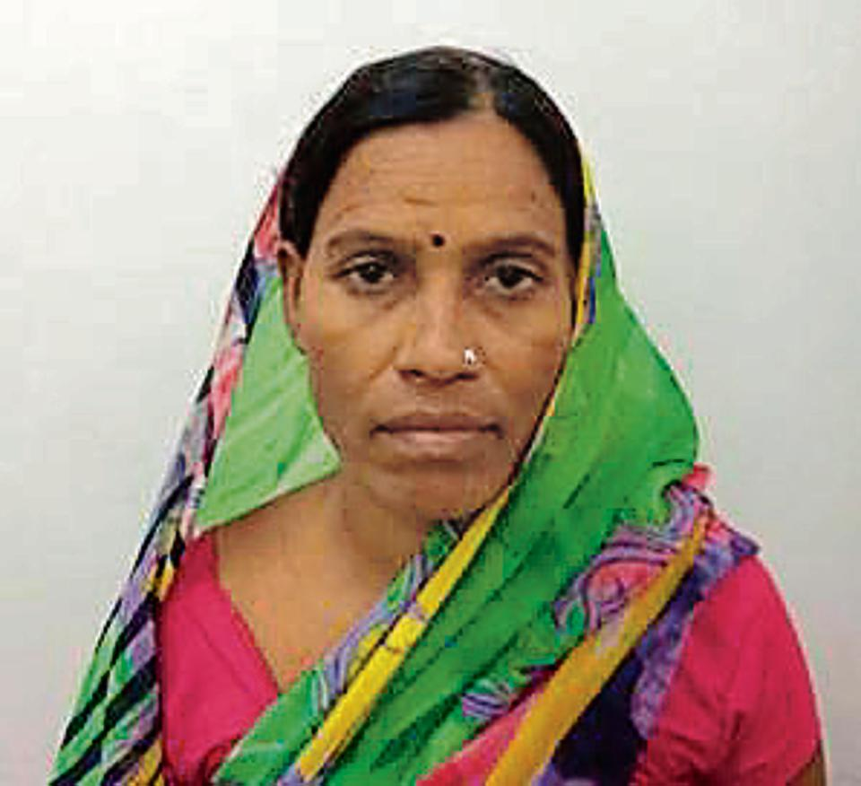 Woman gunrunner arrested in Delhi with 14 pistols
