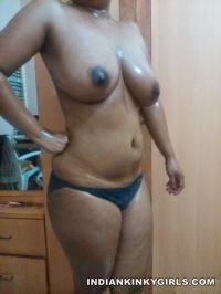 sexy desi bhabhi topless