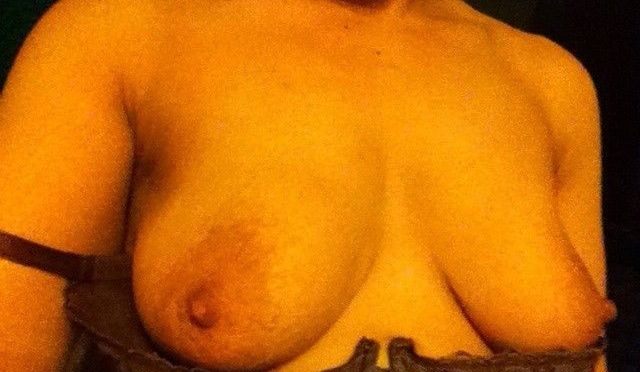 Close Up Pics of Indian Wife Big Boobs And Wet Pussy