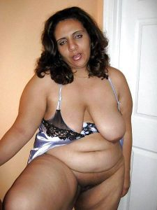 indian aunty nude
