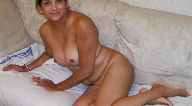 Posh Indian Desi Wife Full Frontal Nude Photos Hot