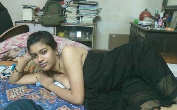 Sweet Indian Desi Teen Seducing Bf Leaked Photos
