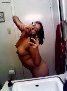 nude selfies