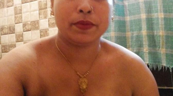Goan Wife Taking Sexy Selfies Posing Big Boobs