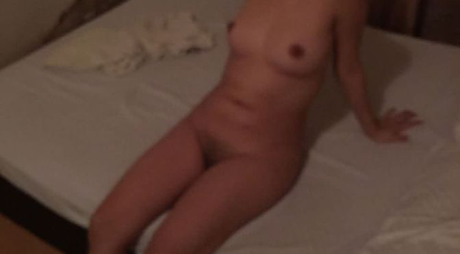 Beautiful Desi College Girl Nude Waiting For Sex