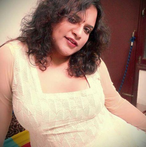 naughty bangla bhabhi sexy selfies with big mamme 002