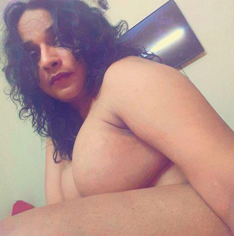 naughty bangla bhabhi sexy selfies with big mamme 004