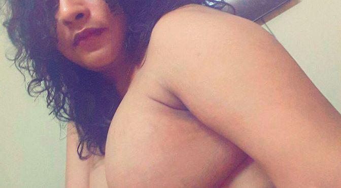 Naughty Bangla Bhabhi Sexy Selfies With Big Mamme