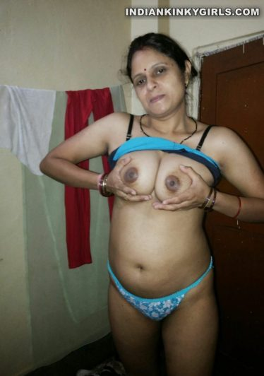nude pics big boobs and hairy pussy