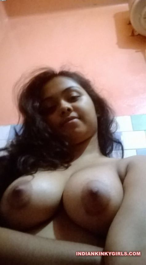 sexy young wife pooja showing boobs to ex boyfriend 007
