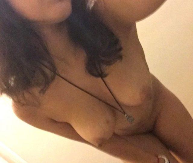 Super Cute Bangalore Nude Teenage Girl Selfies 004