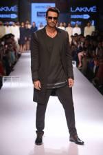 03_IMM_Indian_Male_Models_Bugatti