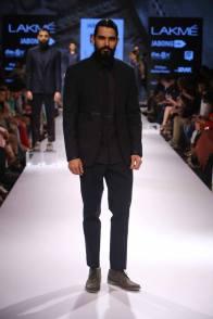 13_IMM_Indian_Male_Models_Bugatti