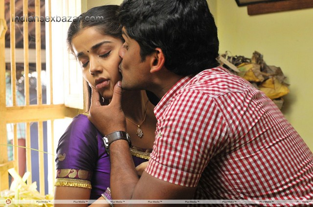 Karuppampatti_Movie_Hot_Stills_ca36b3fb63745f69f3d8161697971ad8