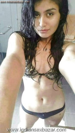 Hot Desi College Girls Nude Showing Themselves sexy Pics indian nude xxx photo 2