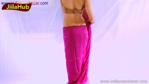 Indian Bhabhi Amazing Saree Removing Sexy Navel curves and back Full HD Porn XXX Photos Indian HD Porn00012