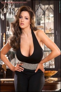 Jordan Carver Hot Sexy Removing Black Tops Big Boobs Cleavage show Jordan Carver Removing her bra showing big boobs xxx porn pic (1)
